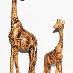 HO0013-0 bis HO0013-7 Giraffe Flamed Jacarandaholz von 20 cm -180 cm Kenia